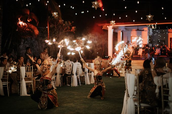 Wedding day of Jeffry & Kathrin at The Ungasan Uluwatu Bali Villas by THE UNGASAN CLIFFTOP RESORT BALI - 014