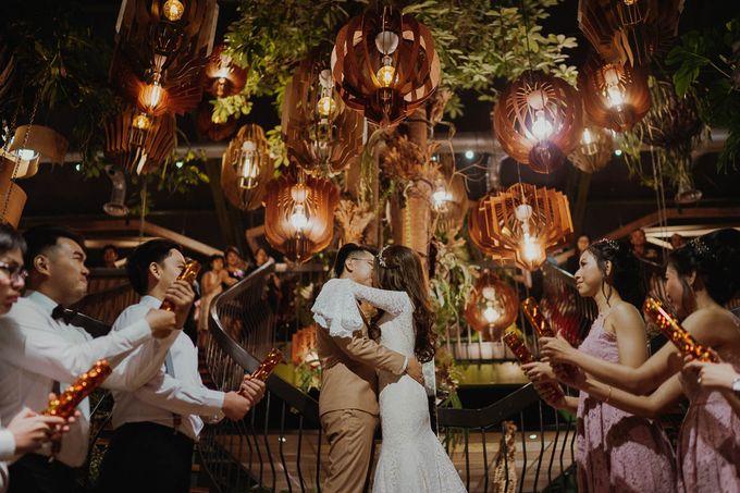 Agnes & Dicky Wedding by HENRY BRILLIANTO - 040