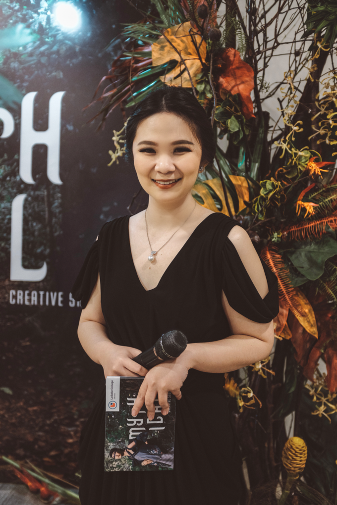 English MC for Mythical Creative Show 2019 by Jenita Darmento (MC) - 004