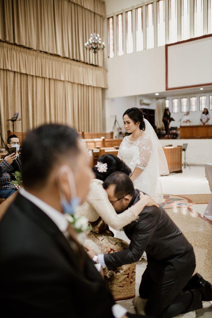 Jesi & Ju Patric Wedding by AKSA Creative - 018