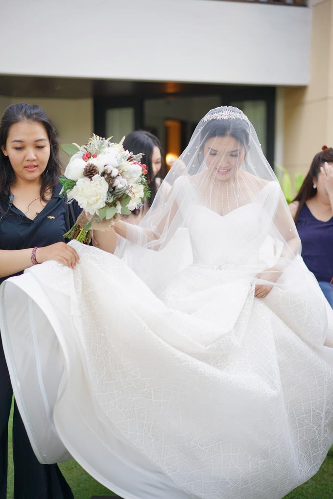 Wedding dress Natashia Nikita by Jessica Huang - 010