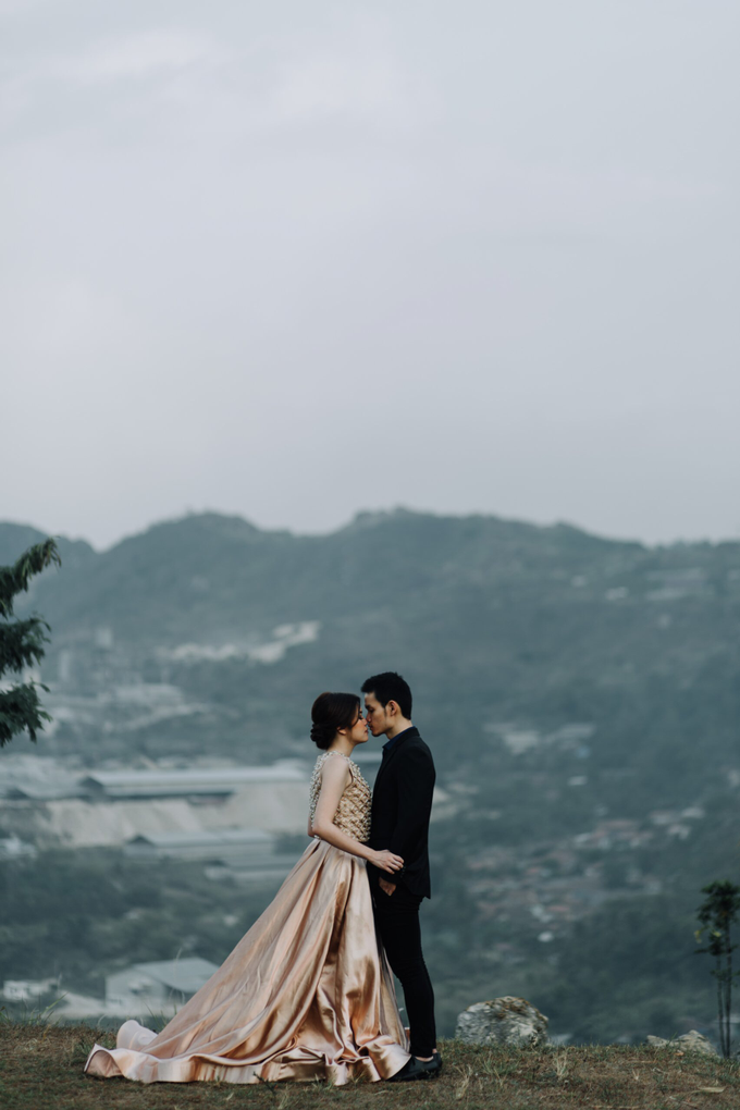 Prewedding Gown by Jessica Huang - 006