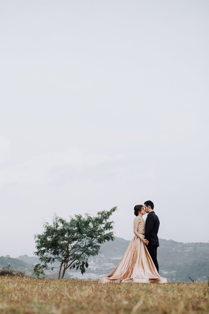 Prewedding Gown by Jessica Huang - 008