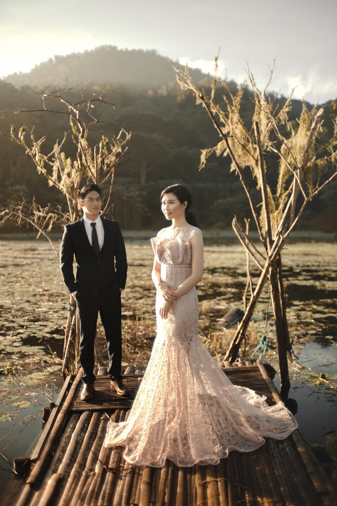 Prewedding Gown by Jessica Huang - 011