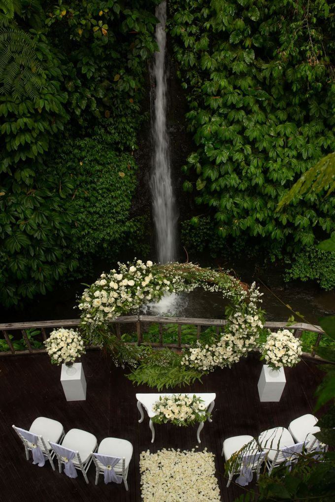 Enchanted  Wedding Package with waterfall as the Background by The Kayon, Truly Ubud Resort - 003