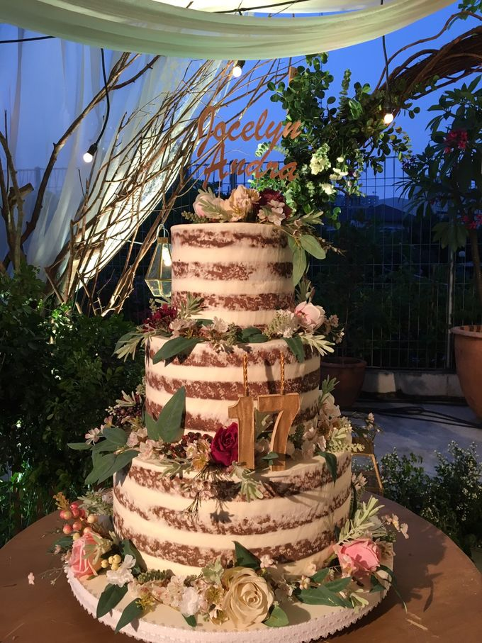 3 Tiers by Amor Cake - 019