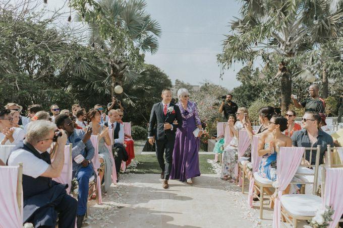Greta & Jon | Wedding by Valerian Photo - 015