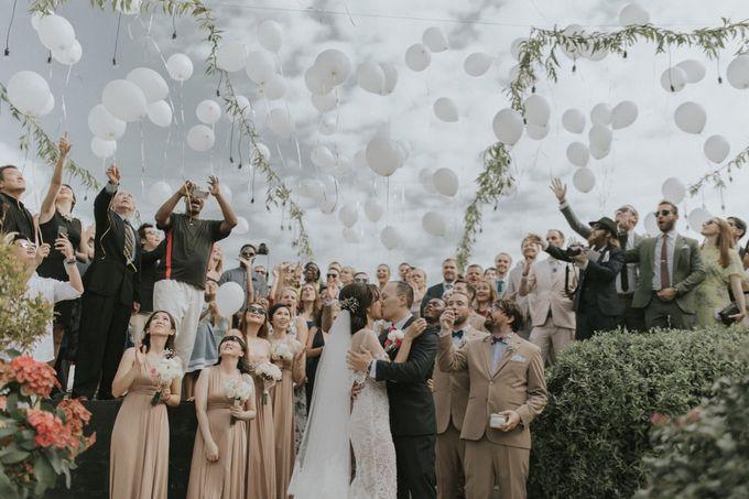 Greta & Jon | Wedding by Valerian Photo - 027