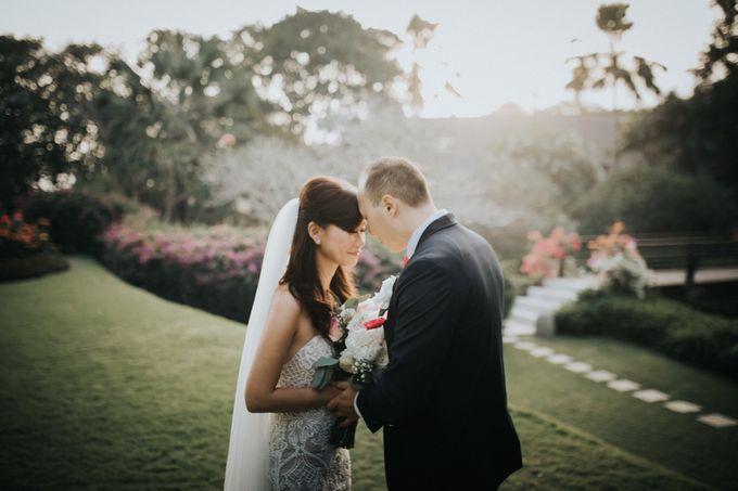 Greta & Jon | Wedding by Valerian Photo - 001