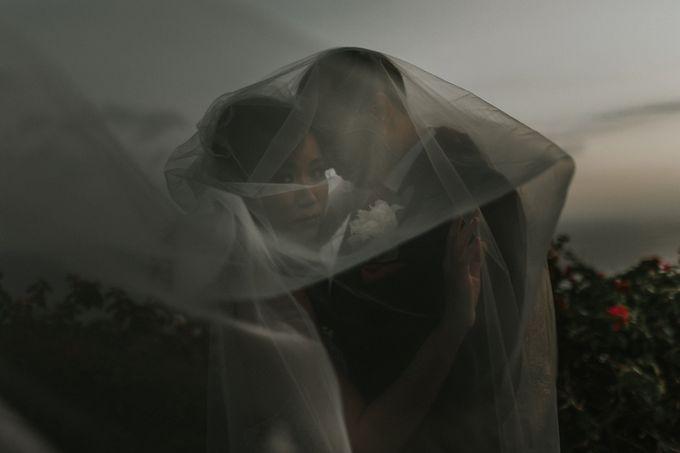 Greta & Jon | Wedding by Valerian Photo - 011