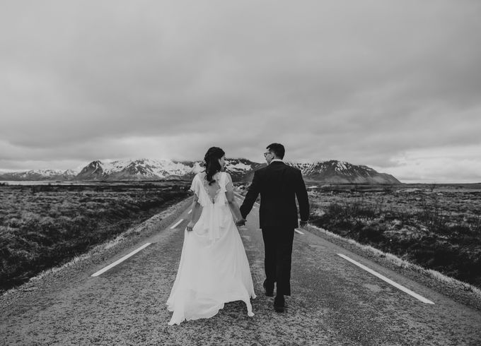 Bridal portraits in the amazing Lofoten islands of Norway by Vegard Giskehaug Photography - 007