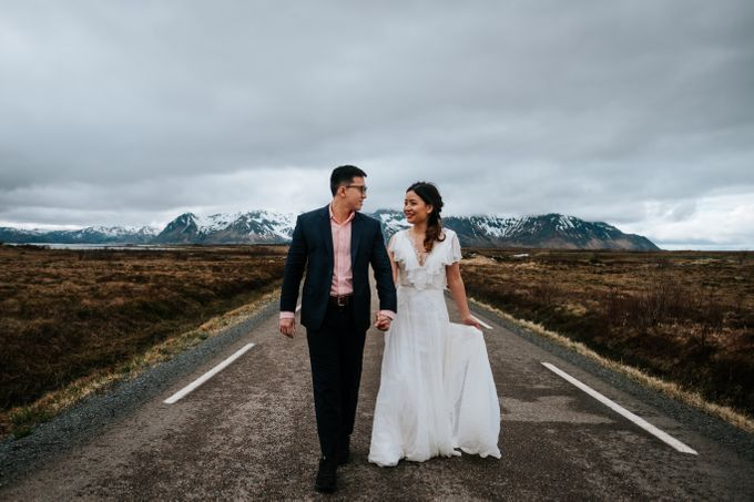 Bridal portraits in the amazing Lofoten islands of Norway by Vegard Giskehaug Photography - 009