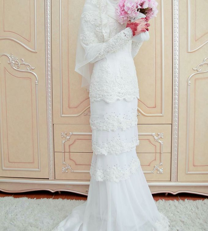 Nikah Wedding Dress by Emma Wedding - 021