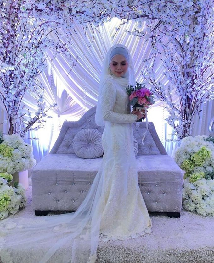 Real Brides And Weddings In Bespoke Emcee Couture by Emcee Couture - 017