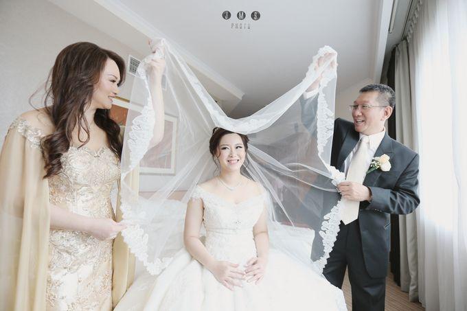ARIEF & TAMMY HAPPY WEDDING by The Vida Ballroom - 004