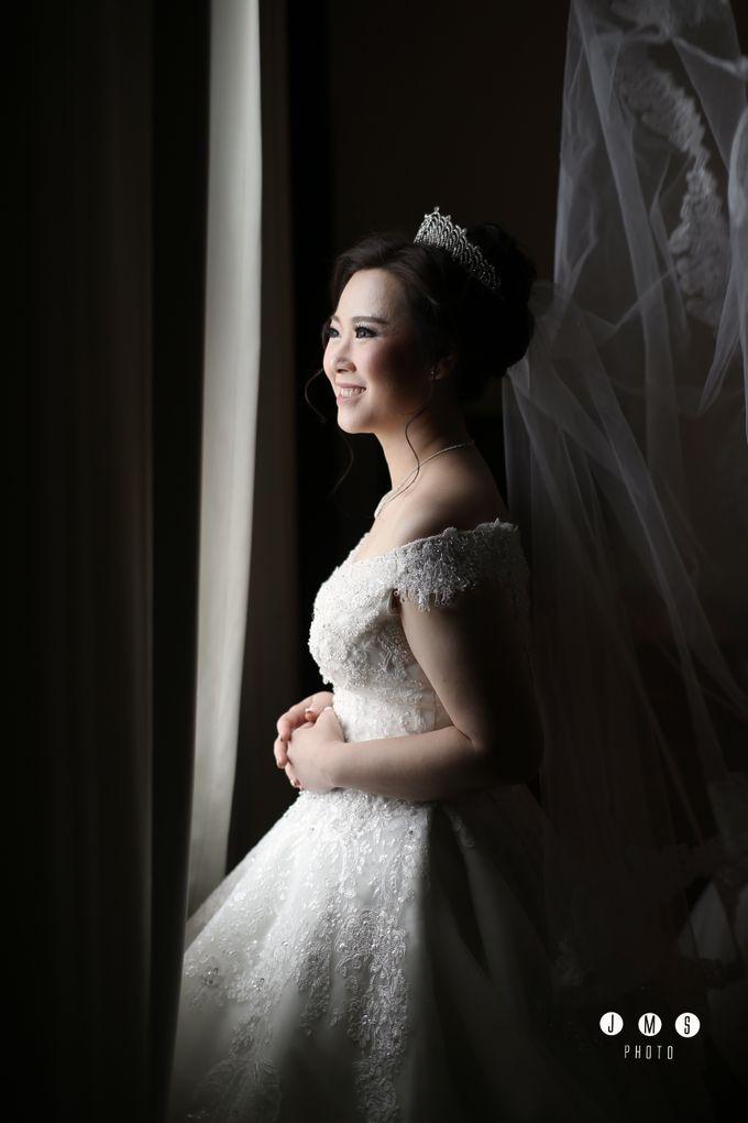 ARIEF & TAMMY HAPPY WEDDING by The Vida Ballroom - 006