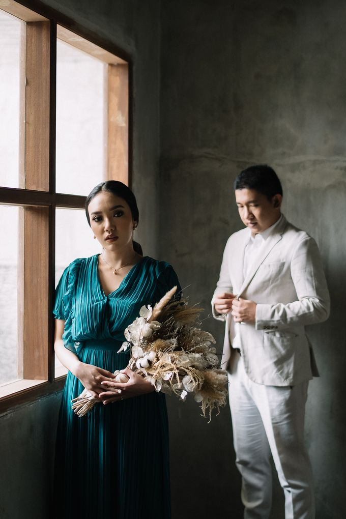 Prewedding of  Yohanna & Benny at Studio Kini Greenville by Warna Project - 015