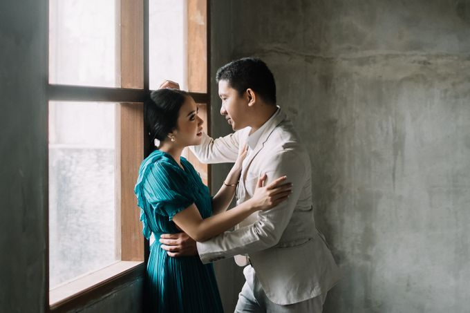 Prewedding of  Yohanna & Benny at Studio Kini Greenville by Warna Project - 018