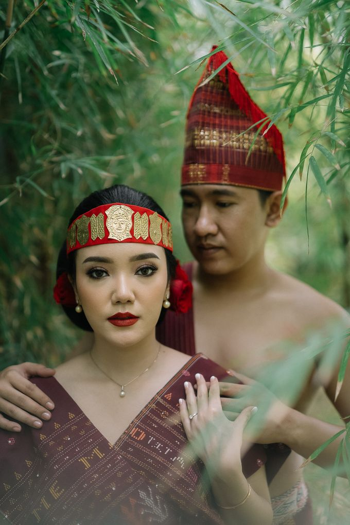 Prewedding of  Yohanna & Benny at Studio Kini Greenville by Warna Project - 026