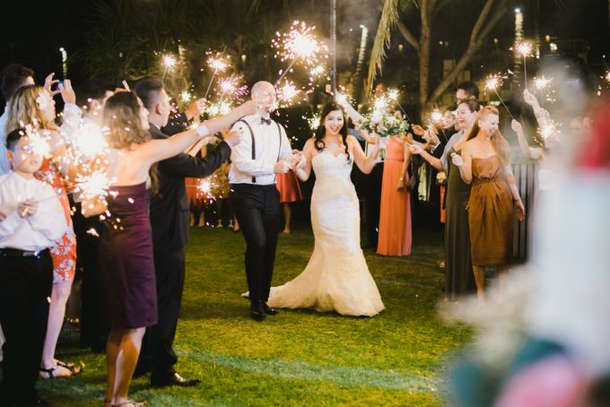 Ian & Farra Intimate Beach Villa Wedding by Vilia Wedding Planner - 034