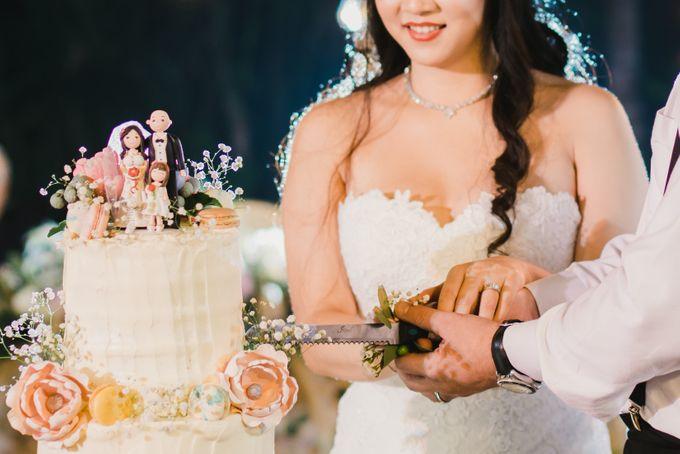 Ian & Farra Intimate Beach Villa Wedding by Vilia Wedding Planner - 037