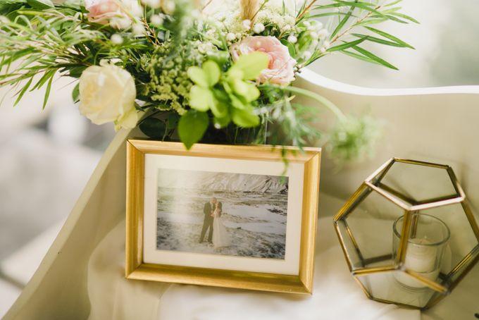 Ian & Farra Intimate Beach Villa Wedding by Vilia Wedding Planner - 029