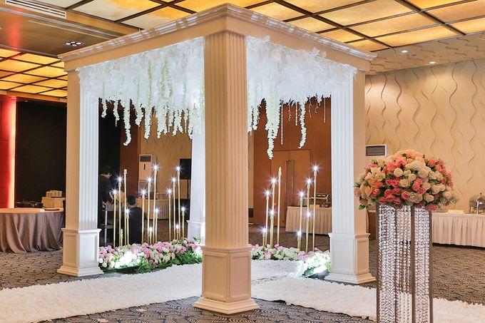 Ari & Sherly Wedding by Le Grandeur Mangga Dua Hotel - 009
