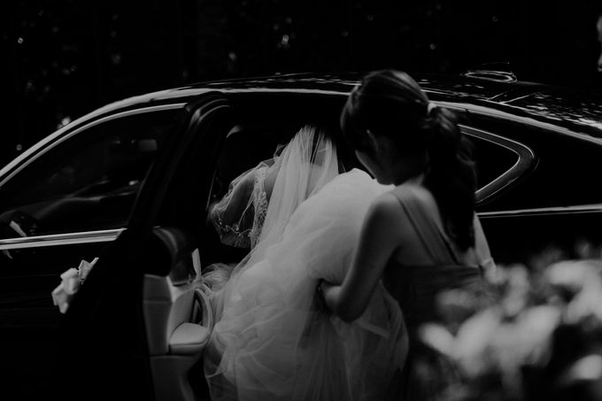 Johnathan & Patrina - Church of Saints Peter and Paul by Pixioo Photography - 014