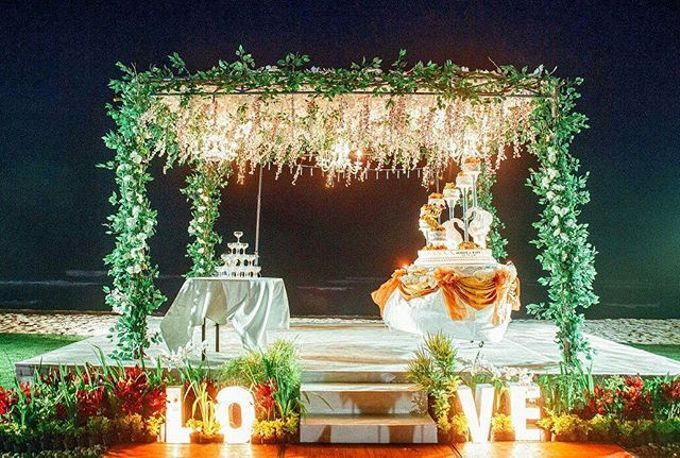 Stage For Wedding by Dekor Indonesia - 002
