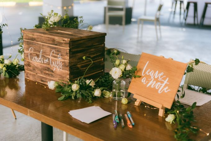 A Garden Wedding | Jonathan & Samantha  by dora prints and paper goods - 034