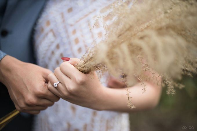 Beauty Apart From Flawessness -  The Prewedding of Jonathan and Audilya by Ivan by Axioo - 032