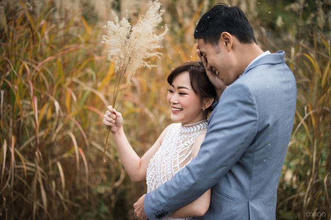 Beauty Apart From Flawessness -  The Prewedding of Jonathan and Audilya by Ivan by Axioo - 034