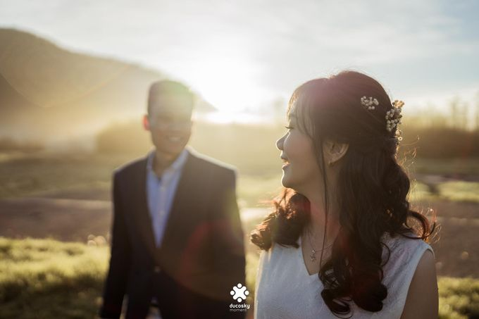 Joseph Ayu Prewedding - Sunrise in Your Eyes by Ducosky - 014