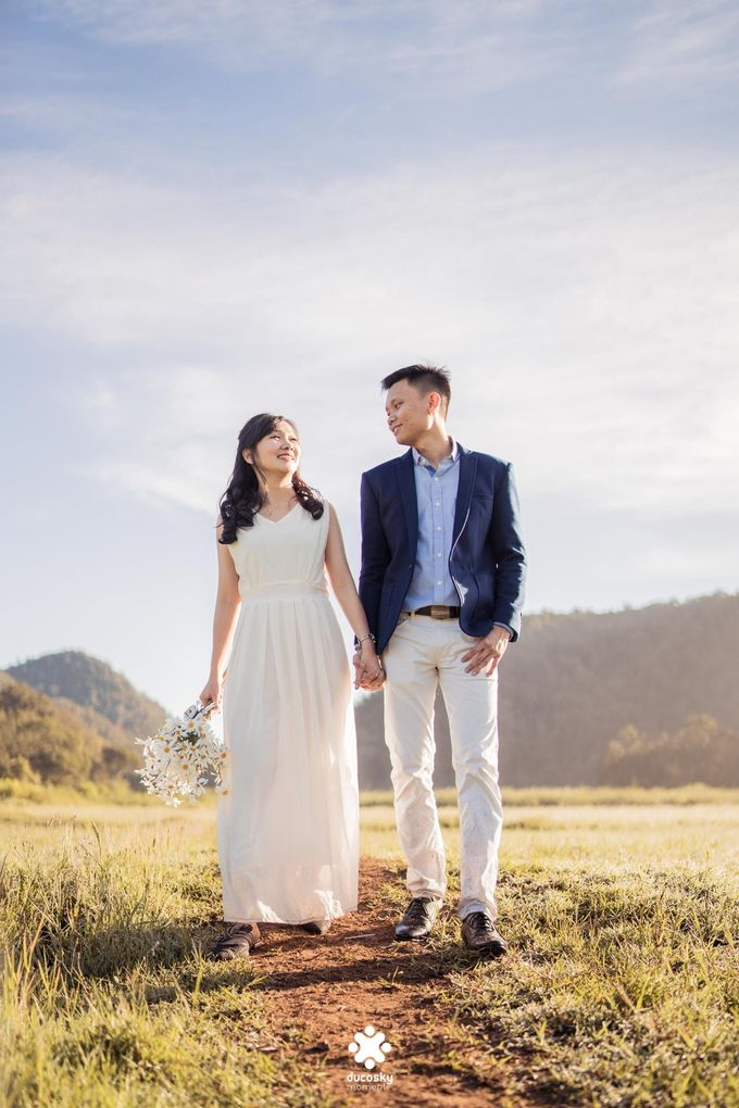 Joseph Ayu Prewedding - Sunrise in Your Eyes by Ducosky - 027