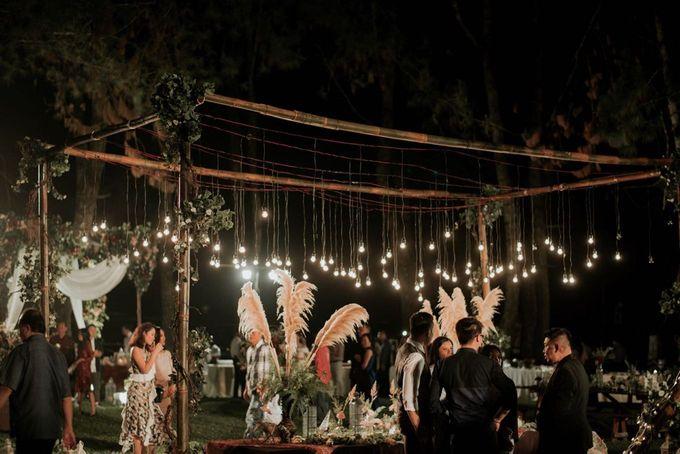 Eliza & Steven Wedding by Pine Hill Cibodas - 011