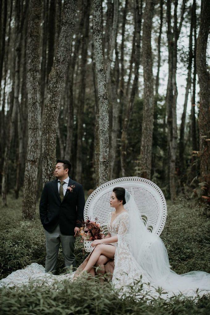 Eliza & Steven Wedding by Pine Hill Cibodas - 014