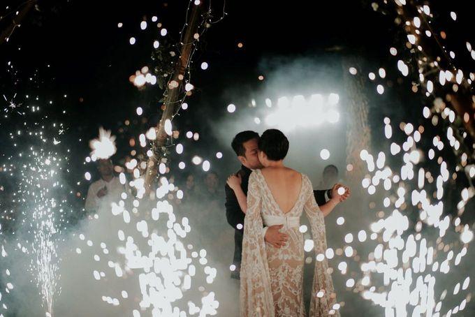 Eliza & Steven Wedding by Pine Hill Cibodas - 005