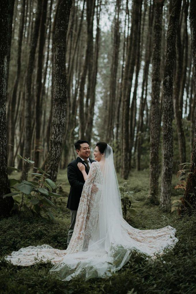 Eliza & Steven Wedding by Pine Hill Cibodas - 007