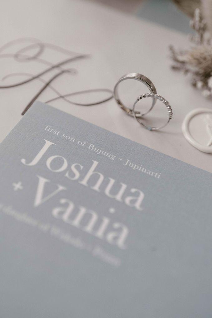 Joshua & Vania Wedding at Mercure Hotel Jakarta by AKSA Creative - 003