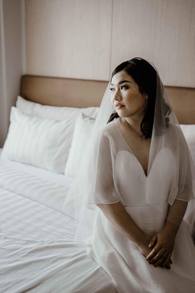 Joshua & Vania Wedding at Mercure Hotel Jakarta by AKSA Creative - 010