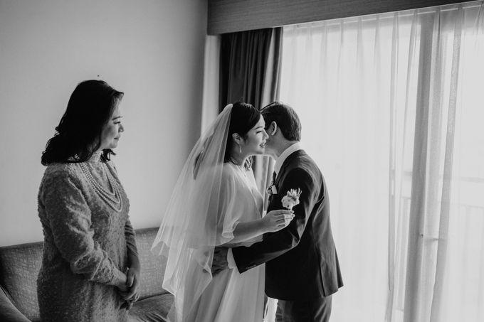 Joshua & Vania Wedding at Mercure Hotel Jakarta by AKSA Creative - 012