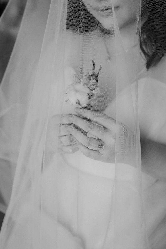 Joshua & Vania Wedding at Mercure Hotel Jakarta by AKSA Creative - 013