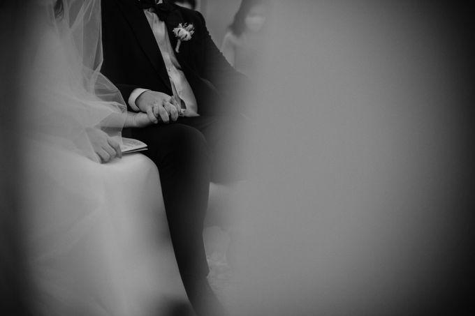 Joshua & Vania Wedding at Mercure Hotel Jakarta by AKSA Creative - 021