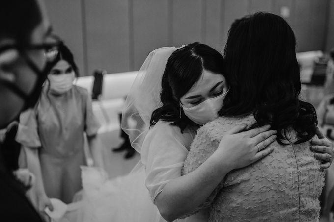Joshua & Vania Wedding at Mercure Hotel Jakarta by AKSA Creative - 027