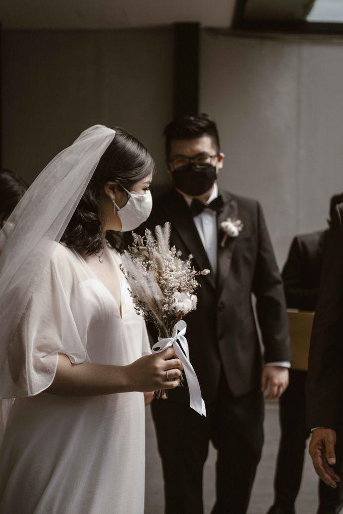 Joshua & Vania Wedding at Mercure Hotel Jakarta by AKSA Creative - 029