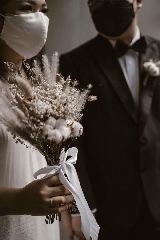 Joshua & Vania Wedding at Mercure Hotel Jakarta by AKSA Creative - 030