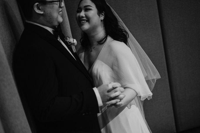 Joshua & Vania Wedding at Mercure Hotel Jakarta by AKSA Creative - 032