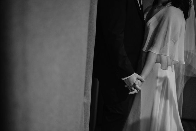Joshua & Vania Wedding at Mercure Hotel Jakarta by AKSA Creative - 033