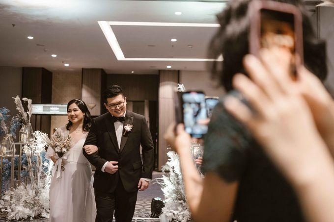 Joshua & Vania Wedding at Mercure Hotel Jakarta by AKSA Creative - 036
