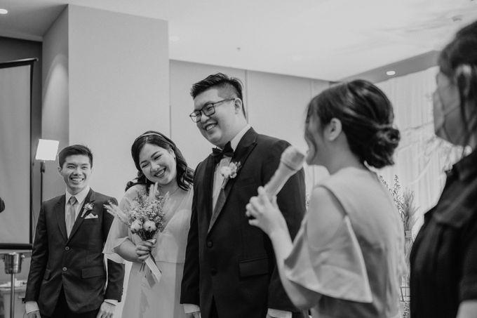 Joshua & Vania Wedding at Mercure Hotel Jakarta by AKSA Creative - 040